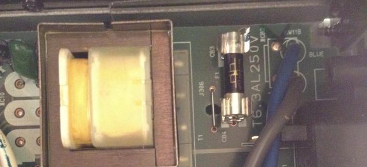 Ent-schärft den Klang ohne ihn zu berauben: die HiFi-Tuning Supreme Feinsicherung aus Silber